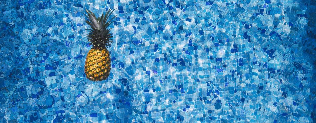 ananas i mozaika pod wodą